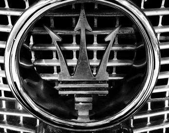 Motivexlab Maserati symbol